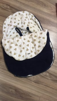 Infant car seat insert for winter St Catharines, L2R
