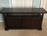 Pier1 Import media console. Very good condition. Coquitlam, V3K 2T9