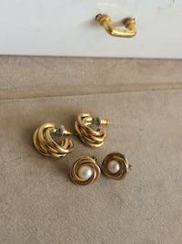 Gorgeous earrings Edmonton, T6E 0N9