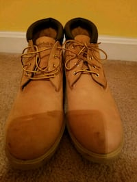 Like new Timberland Waterproof Boots