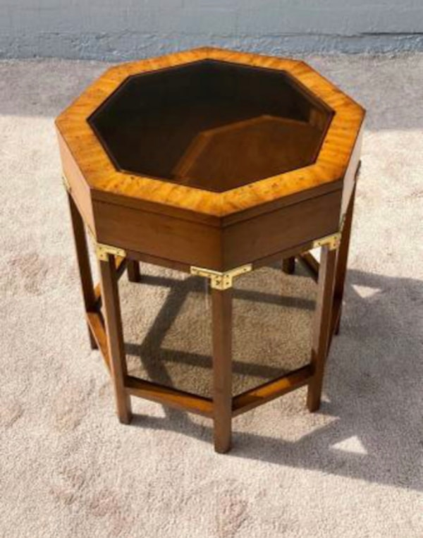 Vintage Columbia Manufacturing Co Octagonal Curio Side Table