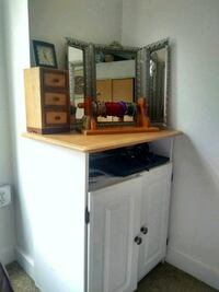 brown wooden cabinet with mirror Kansas City, 64105
