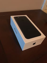 IPHONE 7 32GB UNLOCKED MATTE BLACK CLEAN CONDITION Calgary, T2A 5N1
