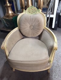 Sofa set French provincial Mississauga, L4W 4N9