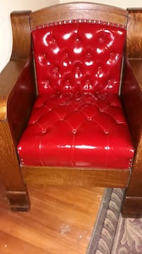 Antique wood and leather chair Mohnton, 19540