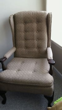 brown and white padded armchair Charter Township of Clinton, 48038