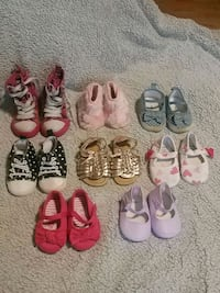 Lot of girl shoes, size 1 - 4