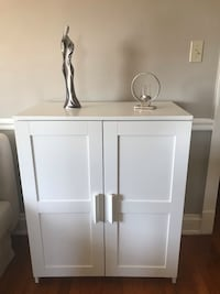 white wooden 2-door cabinet 39 km