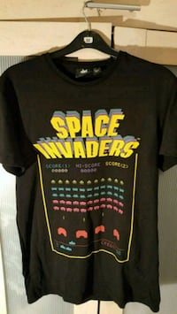black, yellow, and red Space Invaders-printed crew-neck t-shirt London, SE18 2EF