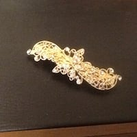 gold plated butterfly/rhinestone hair barette Welland, L3C