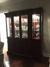 Brown wooden display cabinet Montréal, H3H