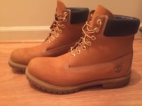 pair of wheat Timberland nubuck work boots 41 km