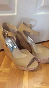 Michael kors wedge size 9.5 shoes