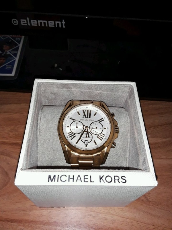 e6357cdd2e0d Used Michael Kors gold watch MK6266 for sale in New Canaan - letgo