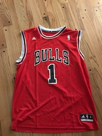 DRose Bulls Jersey never used  Annandale, 22003