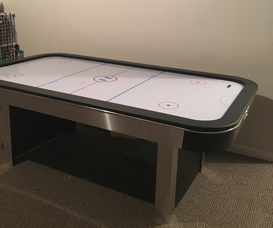 used harvard 7ft air hockey table fully functioning with electronic rh us letgo com