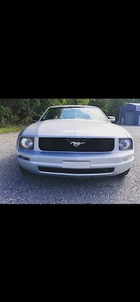 2007 Ford Mustang V6 Deluxe Youngstown