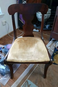 VINTAGED FIDDLED BACK CHAIRS (6)  plus table Chesapeake, 23323