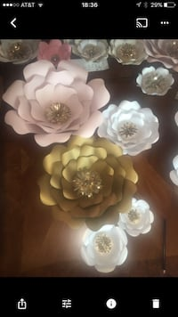 Pink, Gold and White paper flower decor Holland, 49423