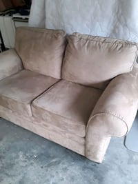 Loveseat - like new condition. Knoxville, 37922