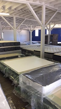 Brand New Pillowtop King Mattress Set Greenville