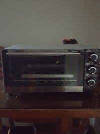 black and gray toaster oven Mississauga, L4W 1H3