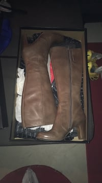 Woman's Ecco boots size 9 Vaughan, L4H