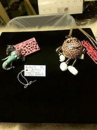 NEW Elephant Brooch & M Charter Necklace 12$each Ladson, 29456
