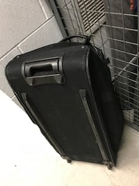 Travel bag with wheels. Large
