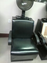 black leather padded salon chair Montréal, H1H 1T4