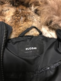 black zip-up parka jacket Toronto, M2R 1B6