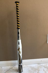 Mizuno softball bat