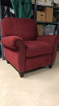 Smaller sized red chair - reclines - leans back  Ellicott City, 21042