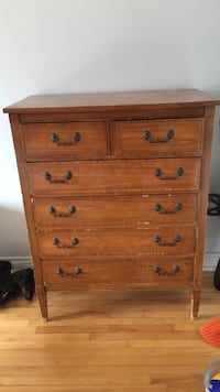 brown wooden 5-drawer tallboy dresser Montréal, H1H 5J6