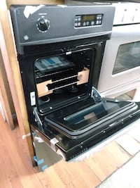 24 IN WIDE GENERAL ELECTRIC DOUBLE WALL OVEN NEW
