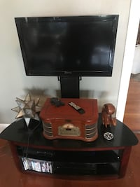 """32"""" Sceptre 1080P HDMI TV and stand Jackson, 39206"""