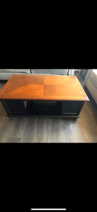 Coffee table and end table  Wallingford, 06492