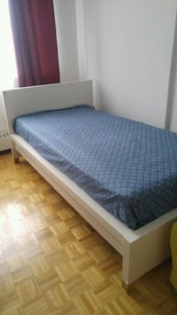 Ikea simple bed (Twin)