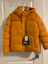 Kolon winter jacket Toronto, M8V