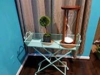 Side table green with wheels . 2 numbers 9 km