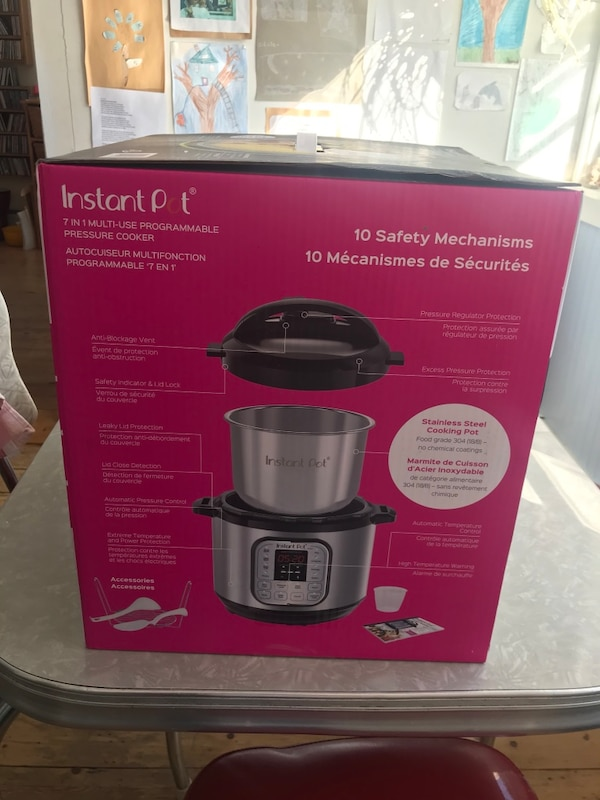 Instant Pot. Brand New Never Opened. Retails for 139.99 Asking 70 firm 8ff57931-492c-4ce3-a1c1-cfe81a5e1aff