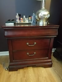 Haverty's nightstand Nashville