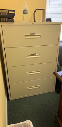 Cabinet Annandale, 22003