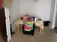 Dinning room table with 2 chairs South Bend, 46615