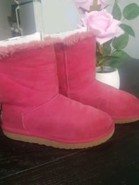 uggs size 3 Livermore