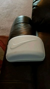 white and gray plastic container Colorado Springs, 80907