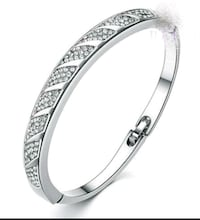***FITTED BANGLE*** Norfolk, 23503