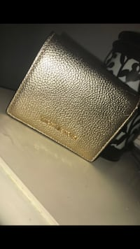 MK wallet pebble leather gold Hemet, 92543