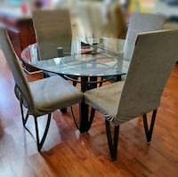 Glasstop table w/4 chairs North Las Vegas, 89084
