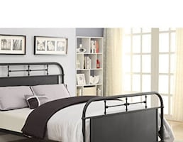 Black Metal Cal King Bed Frame New